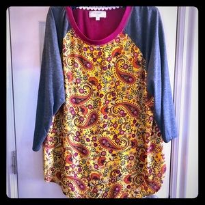 Paisley Top with 3/4 length sleeves